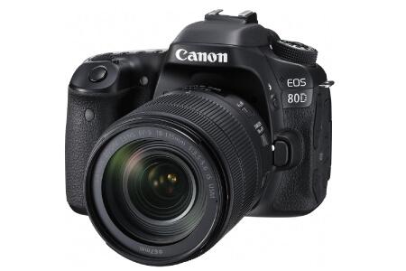 【3位】一眼レフカメラ CANON EOS 80D EF-S18-135 IS USM LENS KIT